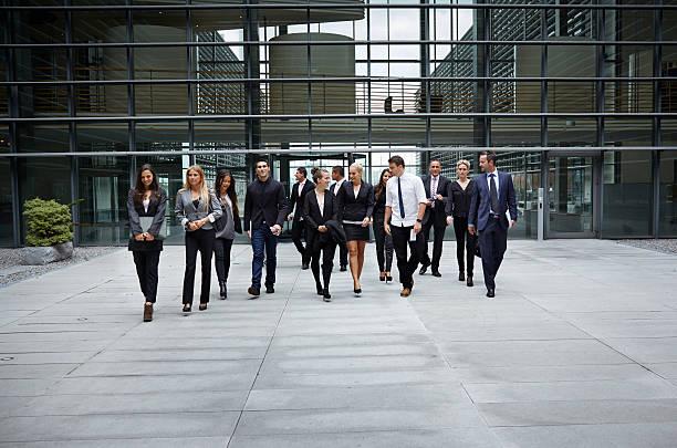 Groupe de collègue lors d'une activité de team building